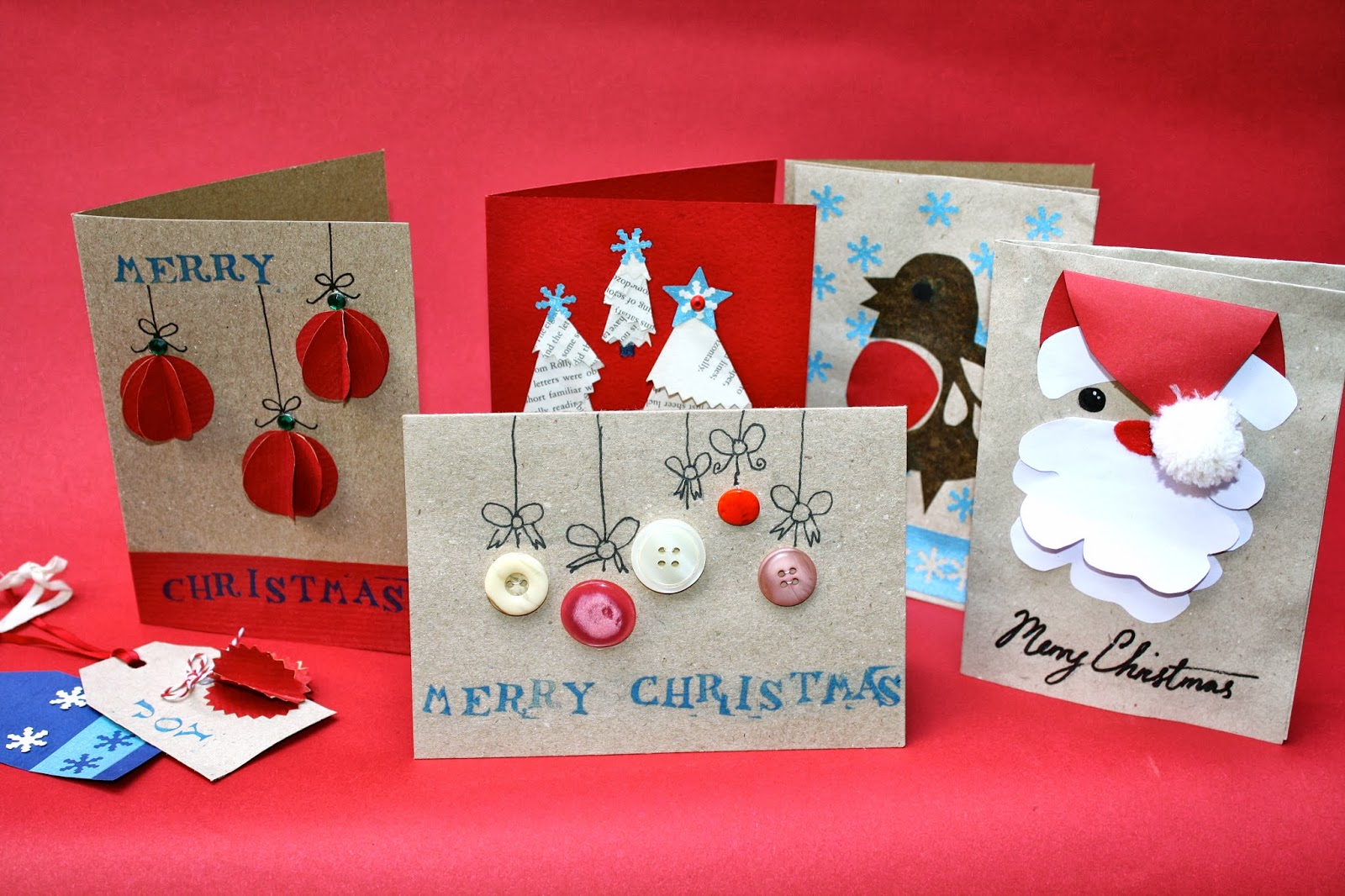 Are Christmas Cards Being Replaced As Social Media Develops?